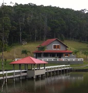 Casa de Campo em Tapirai - São Paulo